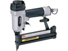 Makita AT638X Stapler c/w Air Kit